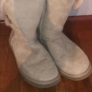 UGG Cream Bailey Button Boots